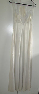 Vintage Long White Nightdress Gown Size 12 Nylon Lace Trim Nightie Sleep ware