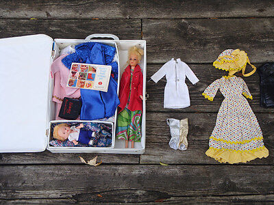 1966 Francie Barbie Doll With Case and Clothing