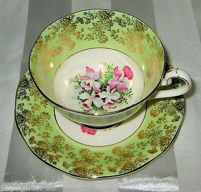 Queen Anne - Golden Filigree on Green - Teacup Set