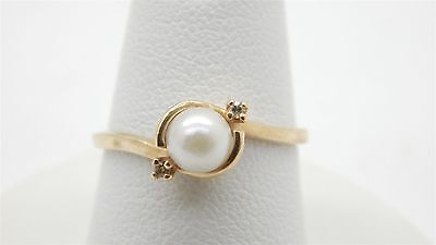 10k Yellow Gold 5.3mm Freshwater Pearl Ring Diamond Accents Size 6 1/4
