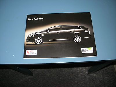 Toyota  Avensis   Car Brochure   From  July 2010   Free Uk Post And Packing