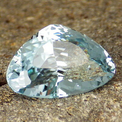 UNTREATED BLUE TOPAZ-NAMIBIA 10.82Ct FLAWLESS-FOR BEAUTIFUL JEWELRY-PERFECT CUT