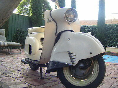 OSA - Vintage scooter -