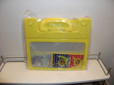New Teletubbies Yellow Plastic Carrying Case/Lunch Box (New in Package)