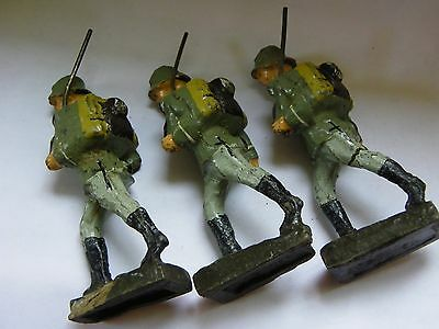 Massefigur Soldat Weltkrieg Elastolin Lineol Made in Germany -3 Schusso Soldaten