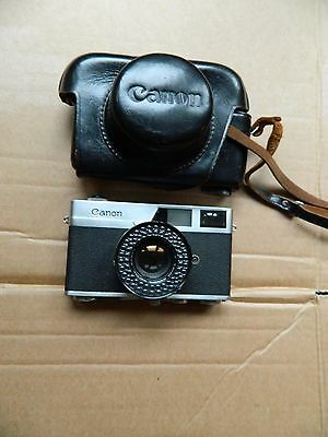 Canon Canonet  Rangefinder 35 mm Camera with case