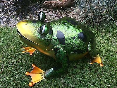 Large Metal Frog Garden/Home Ornament/Statue 31cm