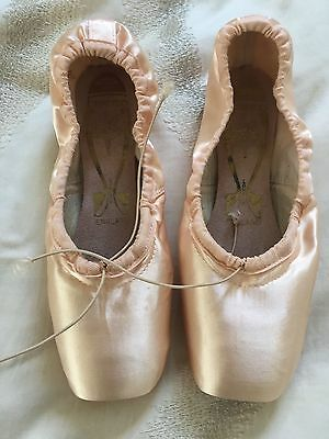 """FREED Classic Pro Pointe Shoes New size 6 no X  Maker """"Z"""" -- Some prep done"""