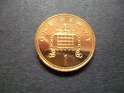 1986 Brilliant Uncirculated 1P Coin. 1986 Uncirculated One Pence Piece.