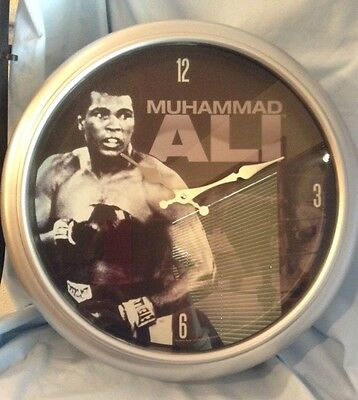 "Muhammad Ali Sting Like A Bee Wall Clock Wood 15 "" Vandor #45089 w/ box $32.99"