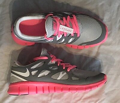official photos e5a11 3b030 Nike Free Run + 2 EXT Running Shoe Pink Grey White Sneaker Womens 7 New Ipod