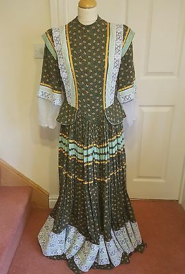 Ladies Victorian Day Dress Long Sleeve Green Floral