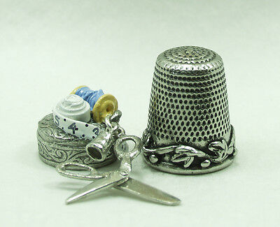 Sewing Scissors  Warwick Thimbles Collector Pewter novelty