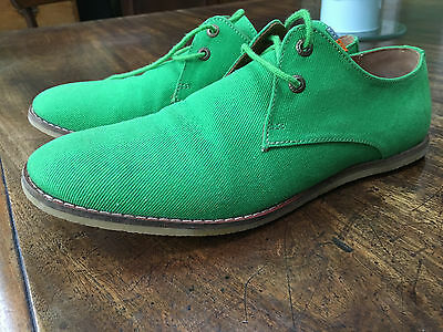 Bright green Frank Wright canvas shoes size 9/43