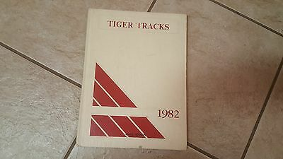 1982 Ardmore, Okla.Middle School  Tigers Yearbook
