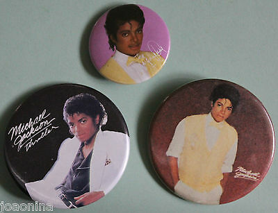 Lot of 3 MICHAEL JACKSON PINBACKS - HUMAN NATURE + THRILLER c.1982 badge MOTOWN