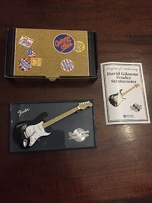 David Gilmour Pink Floyd Fender Stratocaster Miniature Guitar Of The Stars