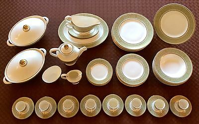 Royal Doulton English Renaissance fine bone china dinner service