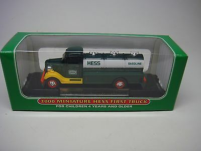 2000-Hess Miniature Truck-First Truck-New In Box------Look------