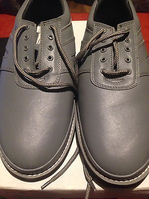 Dek Bowling Shoe Size 9 In Leather. EXCEPTIONAL PRICE