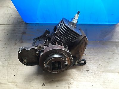 Husqvarna Strimmer 322 Genuine Engine Assy With Clutch And Flywheel Free Post **