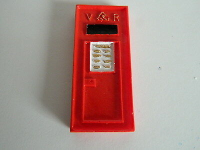(G3-15) Dolls House Resin Red Wall Post Box