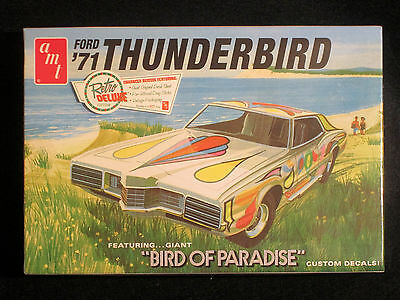 "1971 Ford Thunderbird ""Bird of Paradise""  AMT  1/25  Sealed"