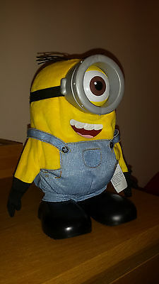MINIONS ONE EYE STUARD LARGE TOY 24cm TALKING SING AND DANCE ...BATTERY OPERATED