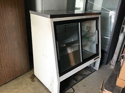 "True TSID-48-4 Refrigerated Deli Case 48"" 4 Door Sliding Glass Display Case Used"