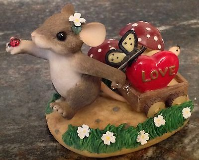 Special Ed Charming Tails Bringing A Little Love Figurine Fitz & Floyd Mouse