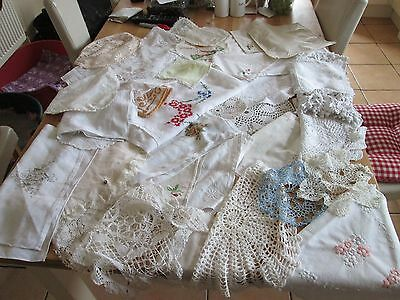 Bundle of old linen in total 32