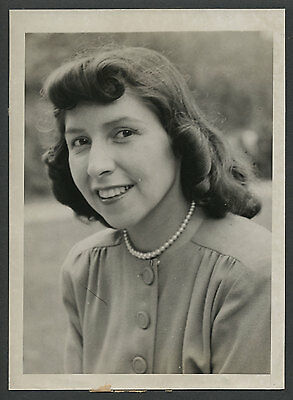 Sioux Indian Grt. Grandniece of Sitting Bull EVELYN YELLOW ROBE 1946 Press Photo