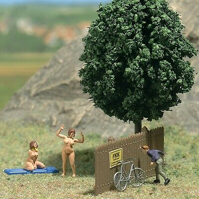 Busch Peeping Tom Admiring the Scenery! 7669 HO Scale (suit OO also)