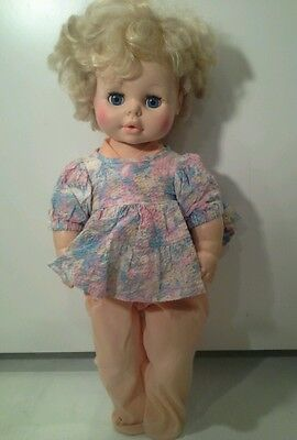 """Vintage 22"""" Eegee Co Chubby Baby Doll Sleep Eyes Rooted Hair Drinks Wets?"""