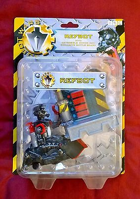 Robot Wars Refbot with reversible motor and exclusive battle board
