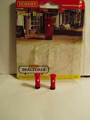 """Hornby Skaledale R8579 PILLAR BOXES RED """"OO"""" scale"""