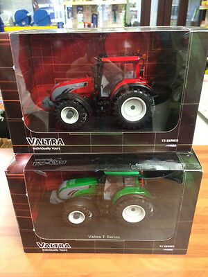 Valtra T213 universal hobbies scale 1/32 toy tractor dealer box