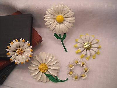 Vintage & Antique  Jewelry - Daisy  Brooches  Pins -  Treasures & More