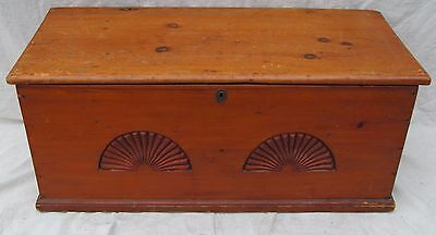 18Th Century Chippendale Period Double Fan Carved Pumpkin Pine Blank Box