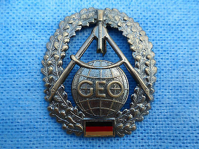 West German Army Geoinformation Service (Geoinformationsdienst) Beret Badge