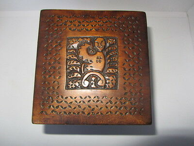 Antique Oceanic Wooden Carved Folk Art Tea Caddy