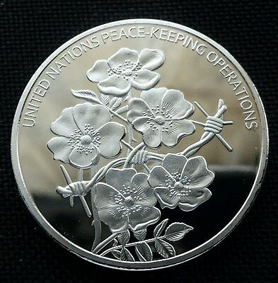 UN Symbol Peace Flower Commemorative Silver Plated Coin