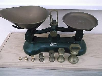 Old type kitchen scales with weights  (Cash on collection only)