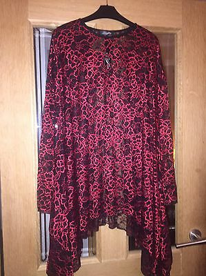 Stunning Lagen look Floaty Party Top Black And Red One Size. Fever Fish