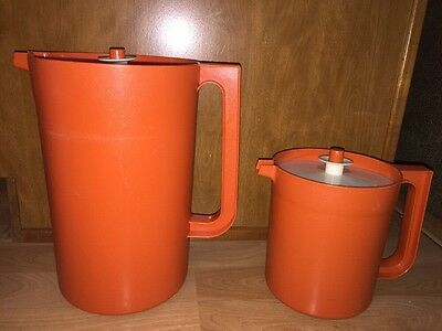 2 Vintage Tupperware Orange Push Button Pitchers Round #1416-4 & #1575-7