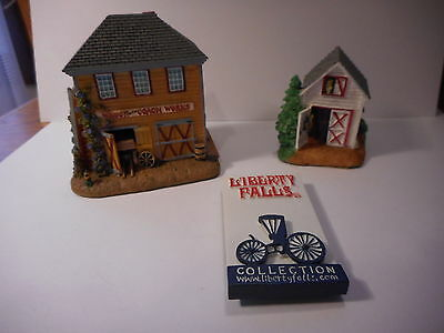 Liberty Falls Americana Collection Coach and Wagon Works Engine House #2 Magnet