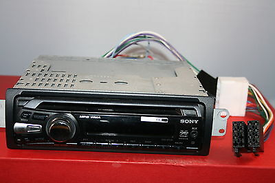 Sony Xplod Cdx-Gt230 In Car Cd Mp3 Aux Player With Chassis And Power Cables