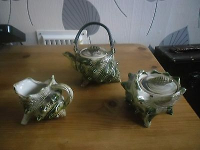 Vintage Conch shell T-pot sugar bowl and creamer