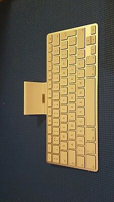Apple A1359 wireless keyboard docking station for ipad, iphone 4s