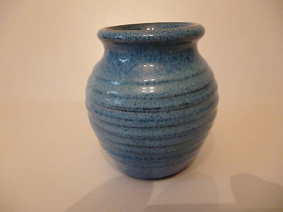 Small Pottery Vase (Blue)